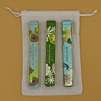 Dárková sada parfémů unisex MAX SVĚŽÍ: 3 x 10 ml roll on Mediterranean Fig + Tahitian Gardenia + Waikiki Pikake + lněný pytlík