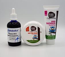 Superbalíček pro miminka - Pure Beginnings: krém na opruzeniny 125 ml + zubní pasta bez fluoridů malina 75 ml + Metabolics tekutý vitamín B12 100 ml