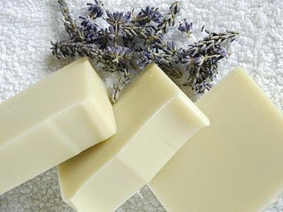 Dvojitá levandule bez květů - přírodní mýdlo 100g 3