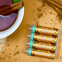 Crazy Rumors balzám na rty Spiced Chai, 4,2 g